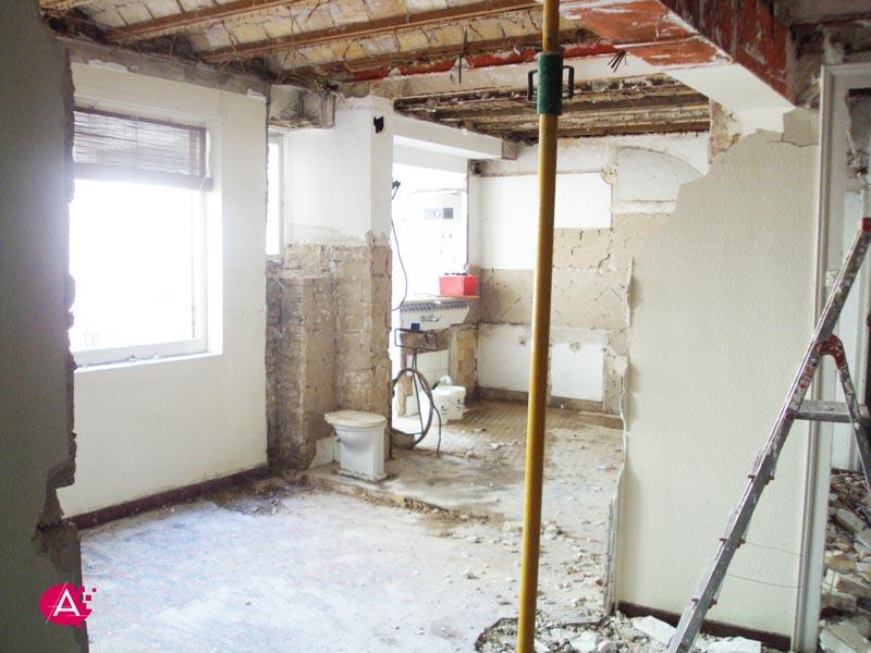 Reforma de piso en Valencia | Derribando tabiques