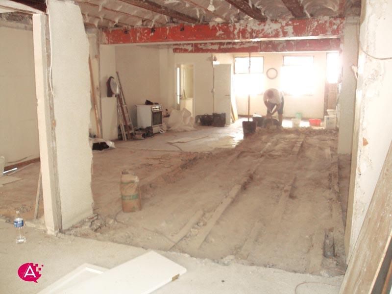 Reforma de piso en Valencia | Levantando capa de compresión
