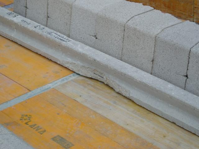Vigueta dañada en forjado unidireccional, Alario Arquitectura Técnica, arquitecto técnico en valencia
