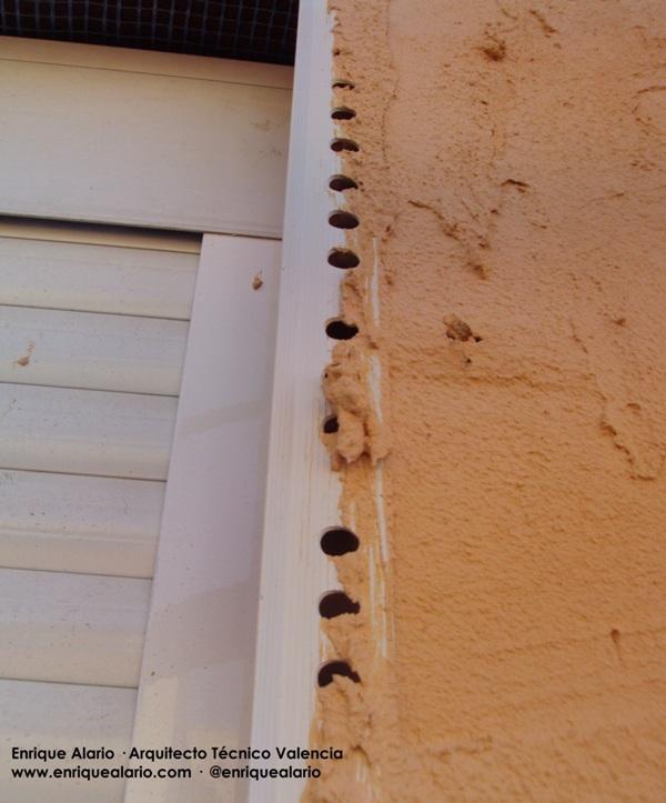 Deficiente Colocación de Guardavivos en Monocapa
