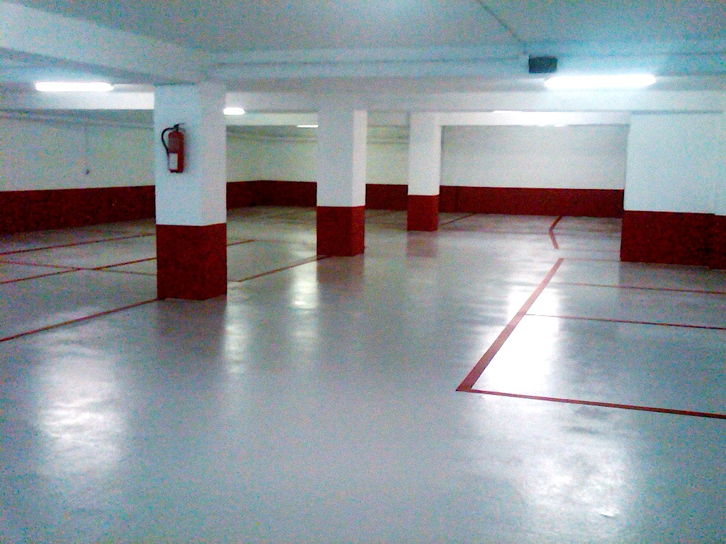 soluciones para el pintado de pavimentos de hormign en garajes