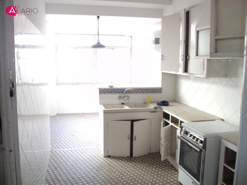 Reforma de vivienda de lujo en Valencia | Cocina original