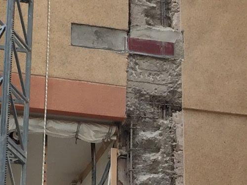 Reparación de estructura de hormigón, testigos en conexión de balcones con estructura