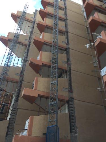 Reparación de estructura de hormigón, picado pilares de hormigón